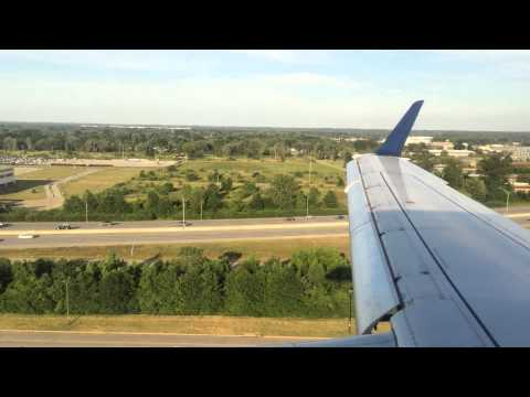 Landing in Louisville (SDF) on board an Embraer 175