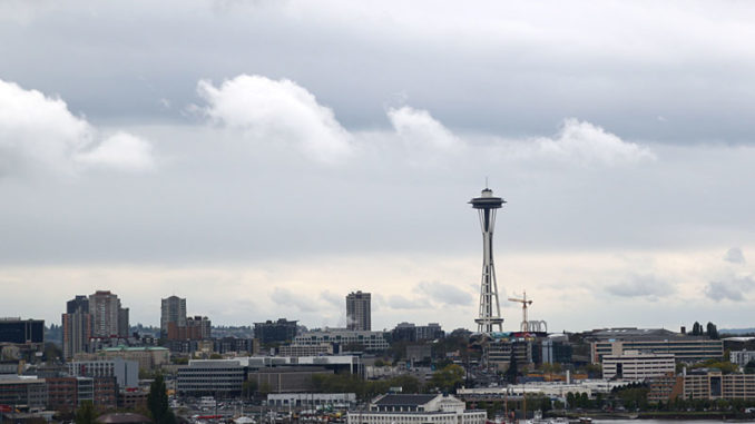 Die Skyline von Seattle mit der Space Needle