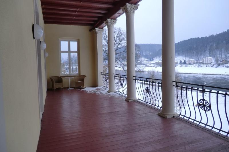 Balkon und Ausblick