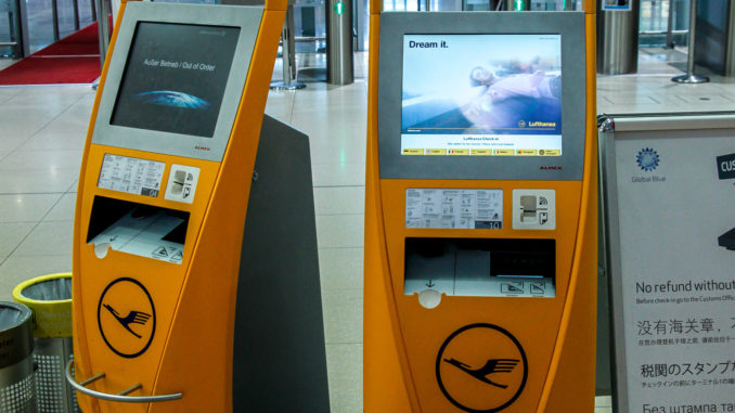 Check-In-Automaten der Lufthansa in Köln