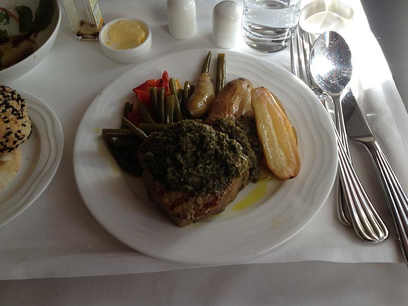 Zum Hauptgang ein leckeres Steak