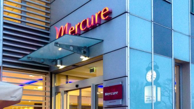 Der Eingang des Mercure Hotel Hamburg Mitte
