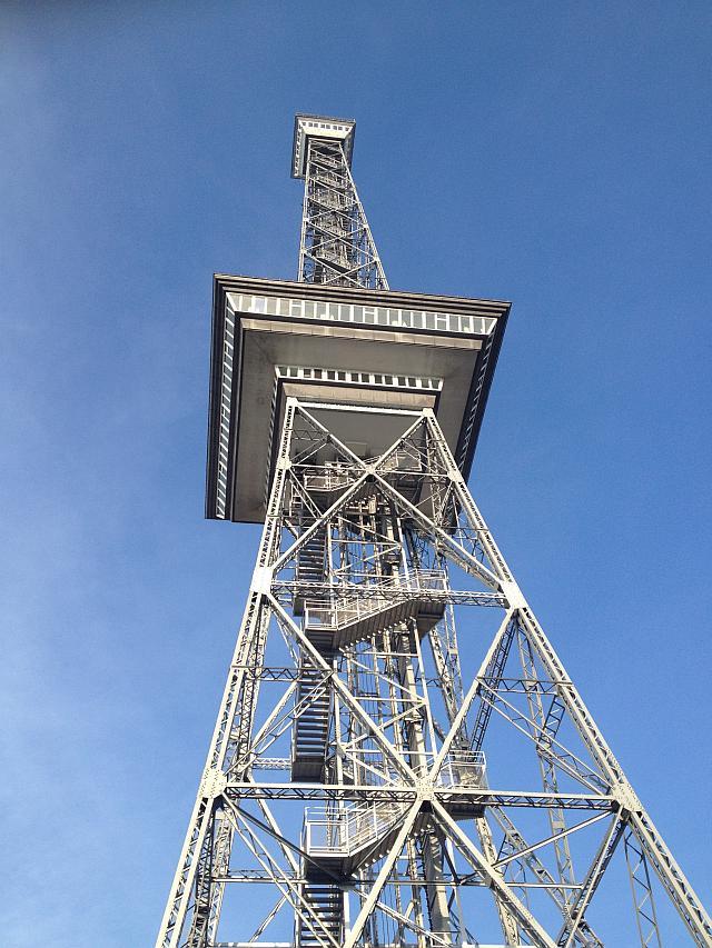 Unterm Berliner Funkturm trafen sich (nicht nur) die Reise-Blogger