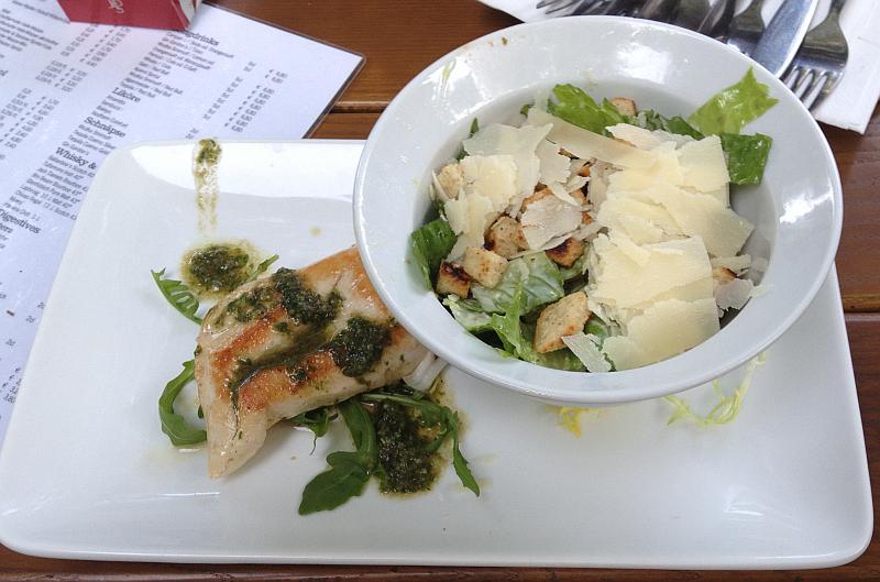 Ich musste natürlich auch meinen Caesar's Salad fotografieren