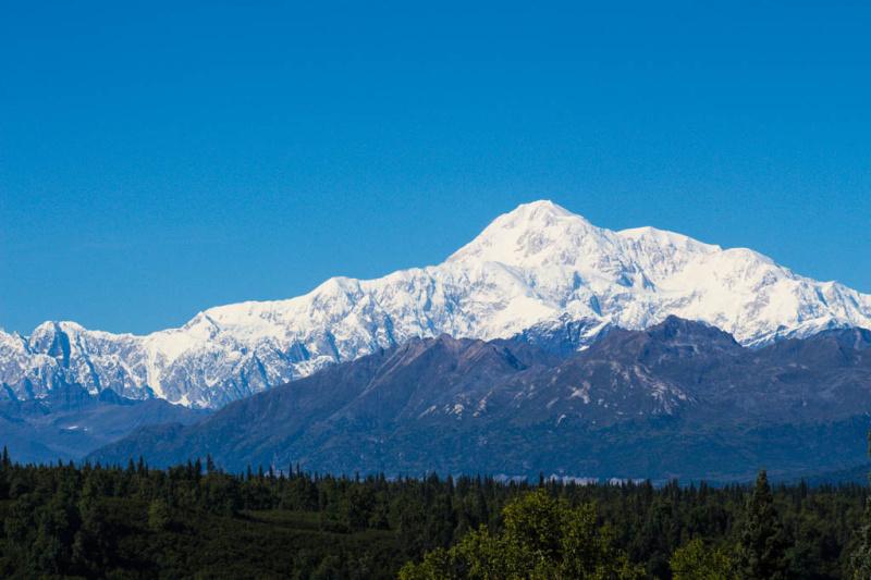 Volle Sicht auf den Mount Mc Kinley, auch Denali genannt