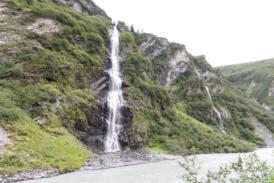 Die Bridal Falls nördlich von Valdez
