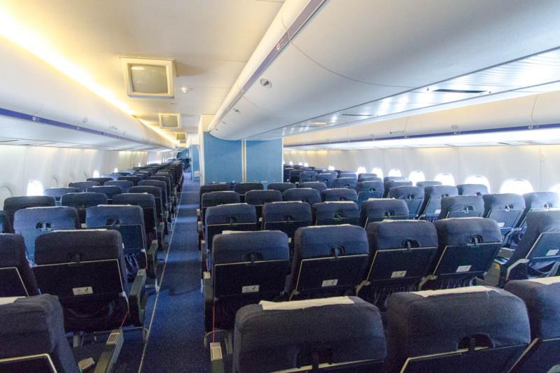 Drei Tage bleiben die Flieger der Lufthansa nun leer (Symbolbild)