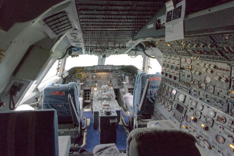 Blick ins Cockpit der PH-BUK