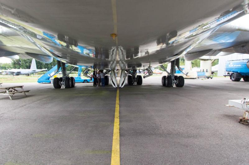 Unter dem Rumpf der Boing 747