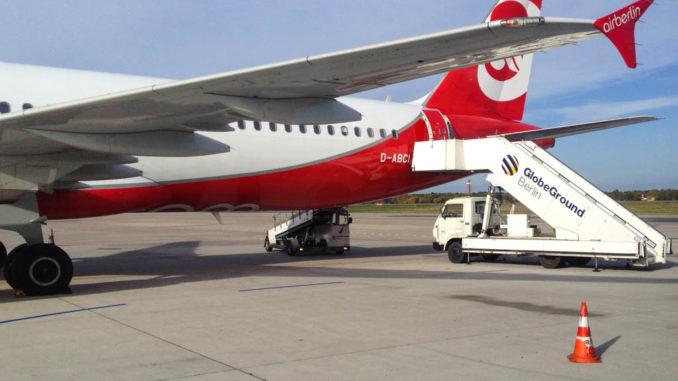 Dieser Airbus 321 (Reg. D-ABCI) sollte uns nach Teneriffa-Süd (TFS) bringen