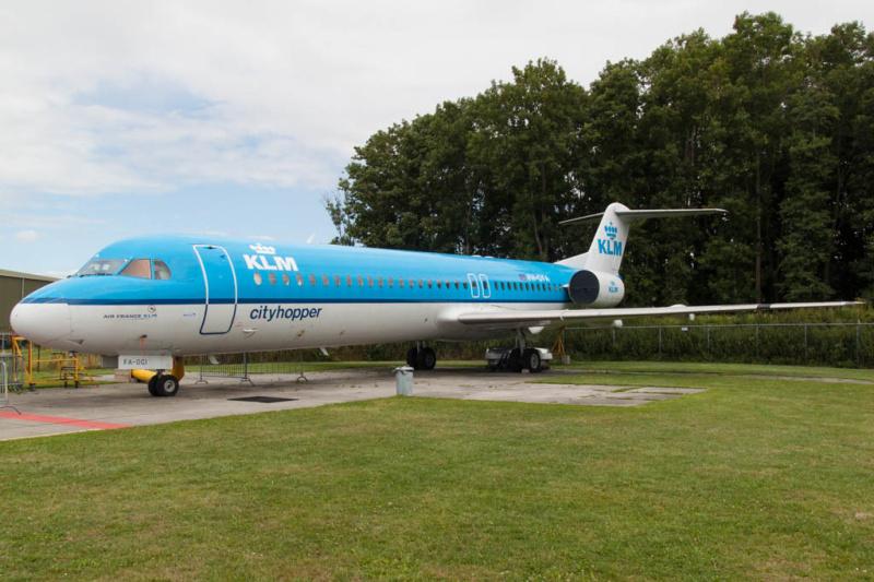 Fokker 100 (PH-OFA) der KLM Cityhopper