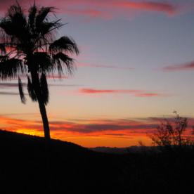 Hoch über den Bergen von Phoenix / Arizona bei einem Sundowner - herrlich