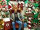 Ingo im Christmas-Store in North Pole / Alaska (Foto: Doris Neubauer, www.littlemissitchyfeet.com)