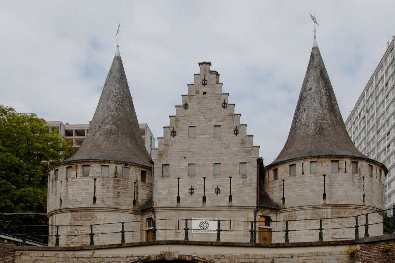 Sieht aus, wie die kleine Schwester des Lübecker Holstentores: Rabot - Teil der ehemaligen mittelalterlichen Stadtbefestigung