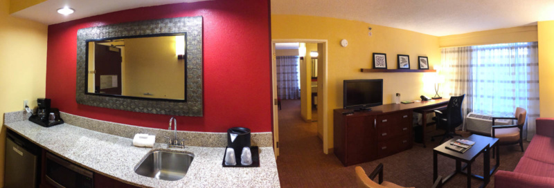 Die Suite im Courtyard Louisville Downtown