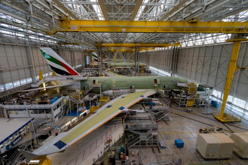 """Überlick über die Endfertigung (""""Final Assembly Line"""") des Airbus A380"""