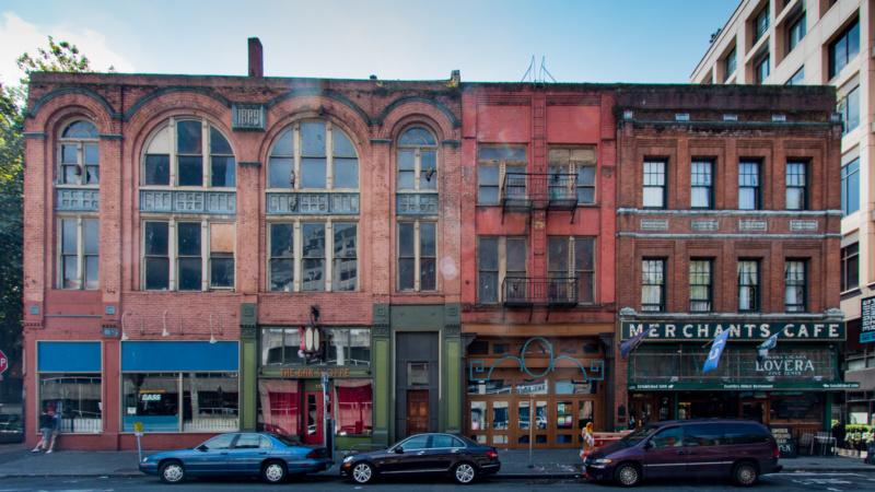 Heutiges Straßenniveau - früher erstes Obergeschoss