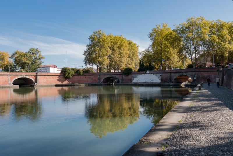 Ponts Jumeaux und Port de l'Embouchure (v.l.n.r.: Brücke über den Garonne Seitenkanal, Canal du Midi, Canal de Brienne)