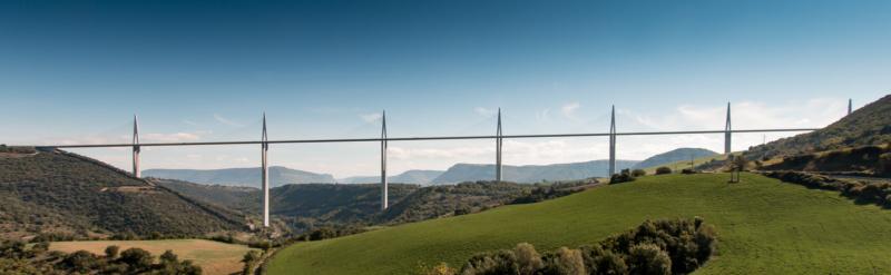 Viaduc de Millau in kompletter Ausdehnung