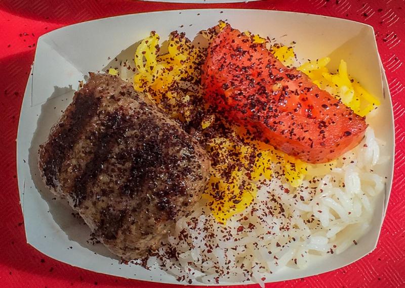"""Persisches Kubide Kebab bei """"Caspian Kabob"""""""