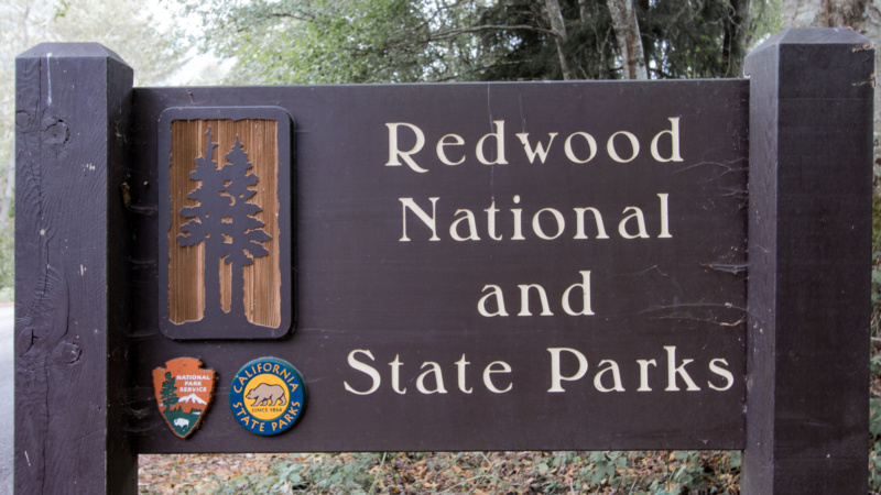 Eingangsschild der Redwood State and National Parks