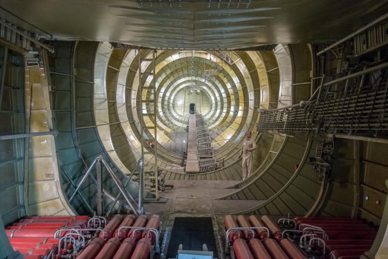 """Das Innere der Hughes H-4 """"Spruce Goose"""""""