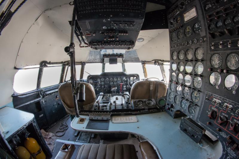 Das Cockpit der Mini Guppy