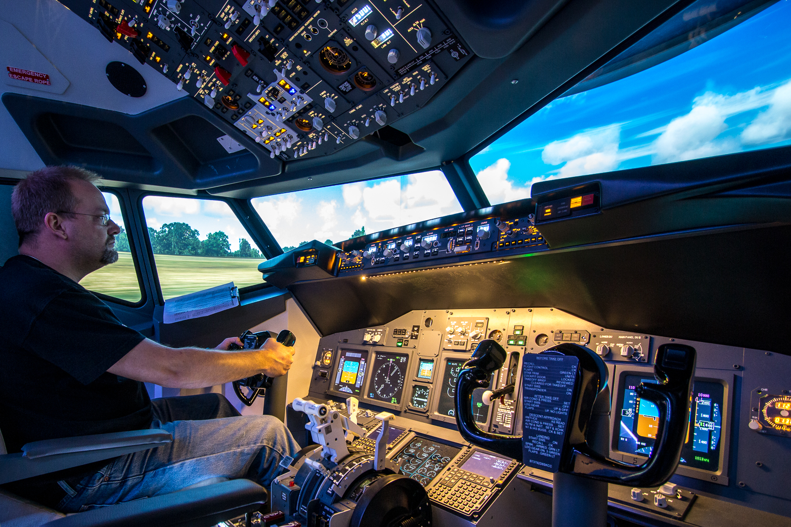 Im Boeing 737 Flugsimulator von iTakeOff