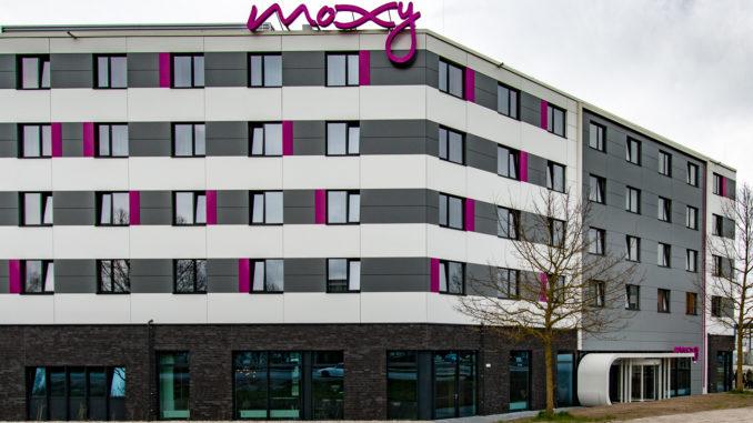 Moxy Munich Airport von außen