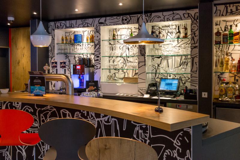 Die Bar im Ibis Köln Centrum