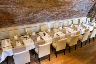 Restaurant im Gewölbekeller des Lindner Hotel Schloss Reichmannsdorf