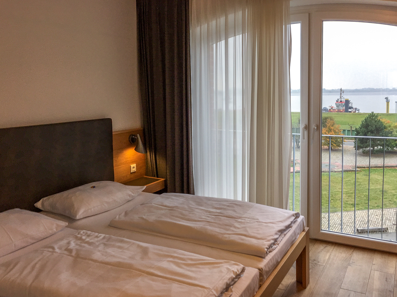 Blick aus dem Hotelzimmer auf die Weser