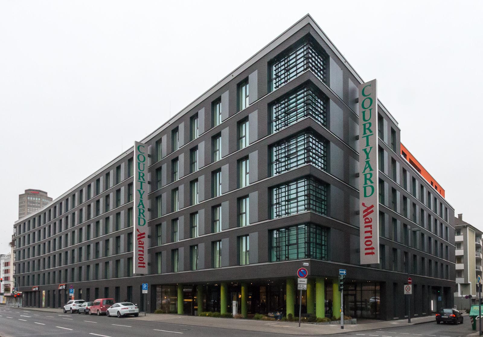 Außenansicht des Courtyard by Marriott Köln