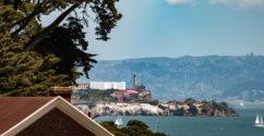 Blick vom Presidio auf Alcatraz Island