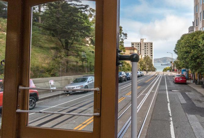 Durch die Straßen von San Francisco mit der Cable Car