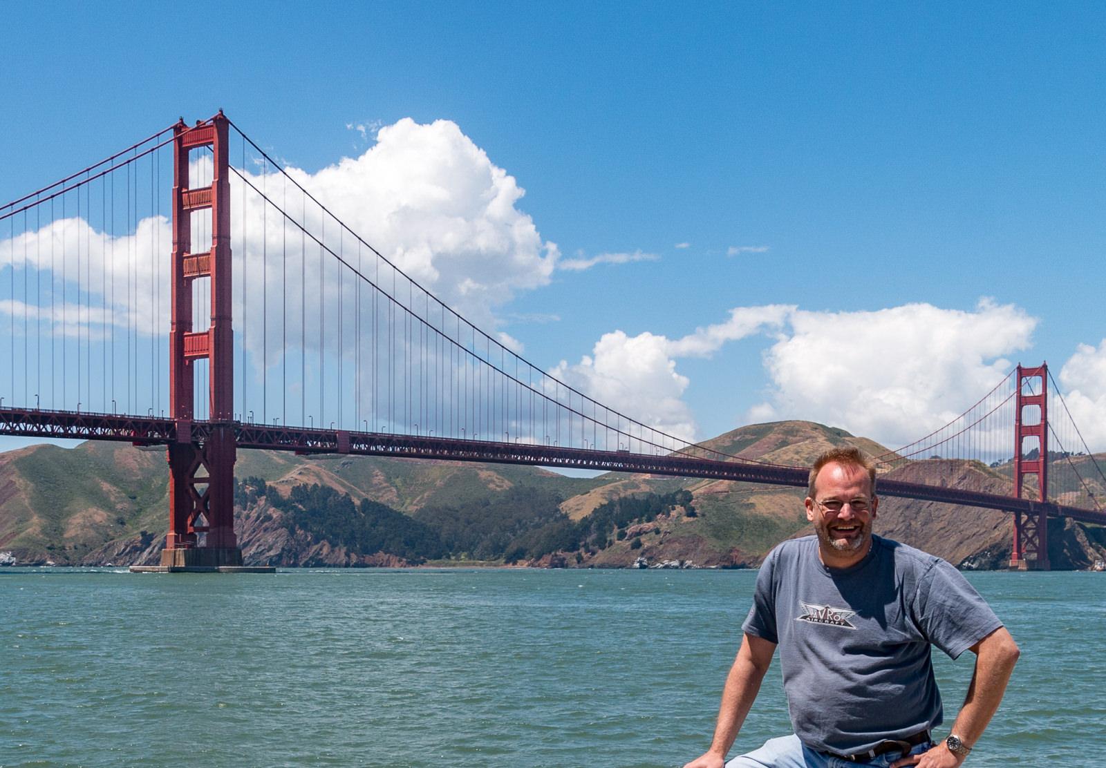 Ich vor der Golden Gate Bridge