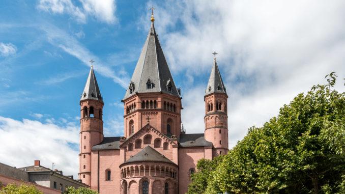 Ostseite des Mainzer Dom