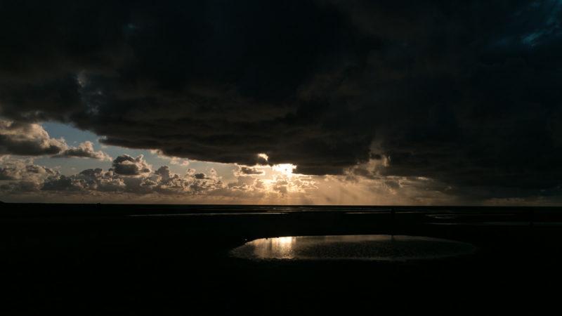 Sonnenuntergang am Leuchtturm von Texel
