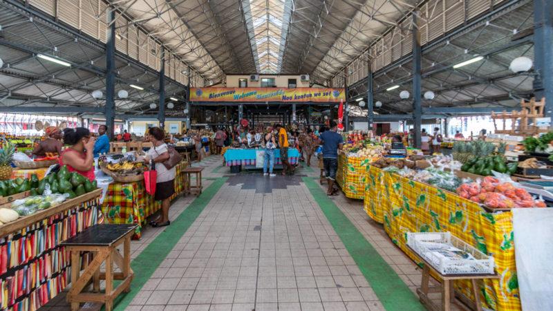 Die Markthalle von Fort-de-France