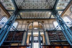 Im Inneren der Bibliothèque Schœlcher in Fort-de-France