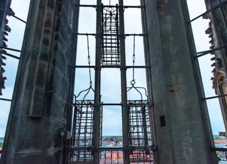 Die Eisenkörbe an St. Lamberti in denen die hingerichteten Anführer der Wiedertäufer zur Schau gestellt wurden