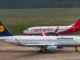 Lufthansa Airbus A320 und Airberlin Boeing 737 auf dem Flughafen Köln-Bonn (Symbolbild)