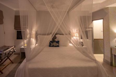 Schlafzimmer der Deluxe Suite im Calabash