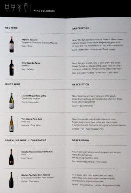 Die Weinkarte in der Saga Class auf dem Erstflug der Icelandair von Düsseldorf nach Keflavik