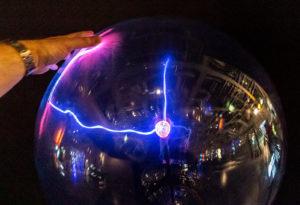Eine Plasmalampe macht immer wieder Spaß!