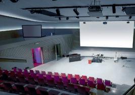 Das Wissenschaftstheater des phaeno während eines Events; Foto: phaeno / Matthias Leitzke