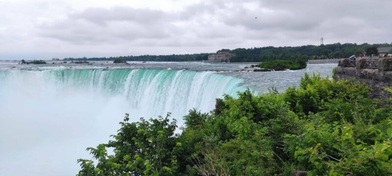 "Die ""Horseshoe Falls"" der Niagara-Fälle; Foto: Lou Lou McFly"