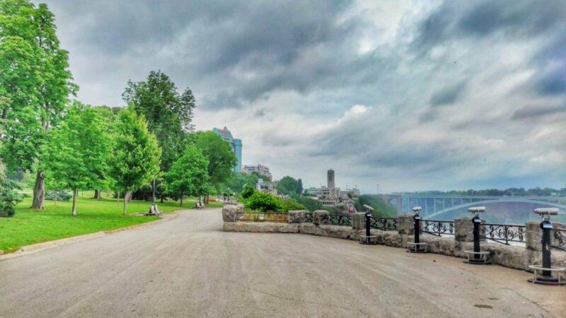 Kaum Touristen an den Niagara Falls; Foto: Lou Lou McFly